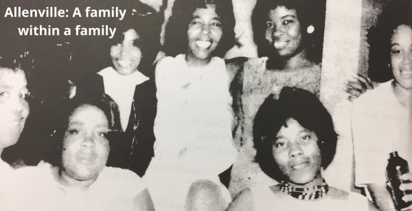 Image of group of Black women in Allenville, AC 85395